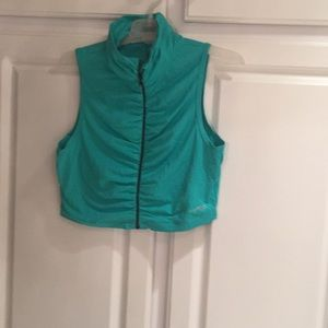 Bebe sport crop vest